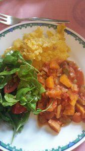 Polenta mit Tomatengemüse